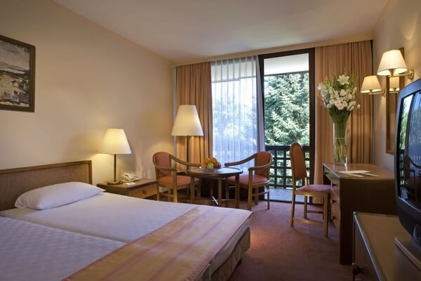 Danubius Health Spa Resort Sárvár - Danubius Guestroom